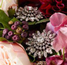 1_02-Lou-de-Castellane-Artificielles-Artificial-Artificiale-Fleurs-Flowers-Fiore-Flor-BIJOUX-Zoom
