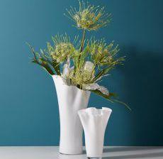 2_02-Lou-de-Castellane-Artificielles-Artificial-Artificiale-Fleurs-Flowers-Fiore-Flor-Vase-plisse