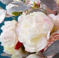 2_11-Lou-de-Castellane-Artificielles-Artificial-Artificiale-Fleurs-Flowers-Fiore-Flor-PIVOINES-Zoom